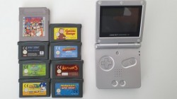 Game Boy Advance SP + 8 games
