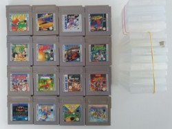 16 jeux Game Boy + 12 boites